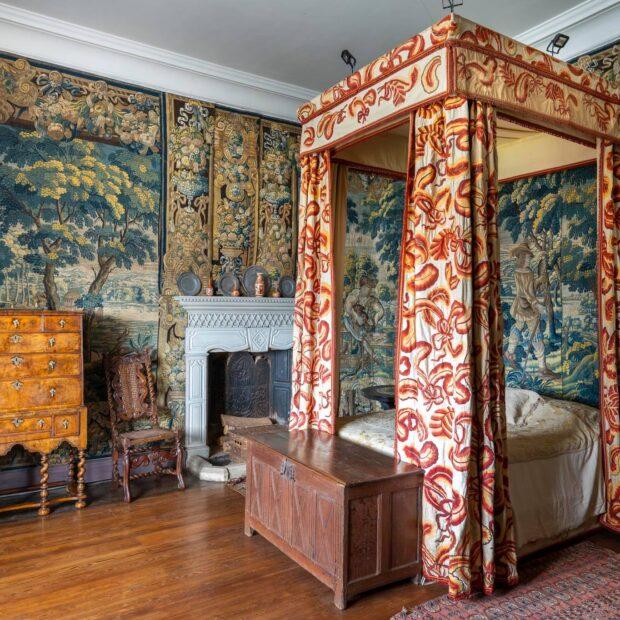 Simon Broadhead Holly Bedroom